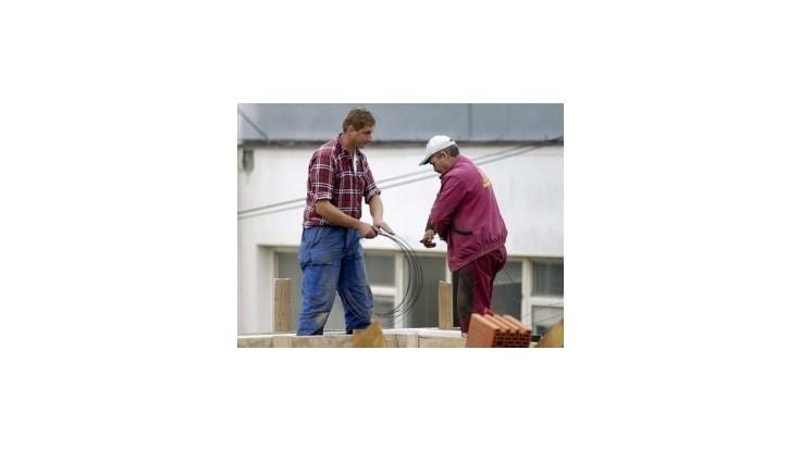 Rezort práce chce od roku 2014 zaviesť inštitút minimálneho dôchodku