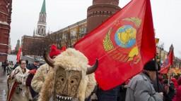 Pripomenuli si Stalinovu smrť. Nech zhorí v pekle, kričali aktivisti