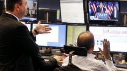 FED úroky zvyšovať neplánuje, reaguje na ekonomický pokles