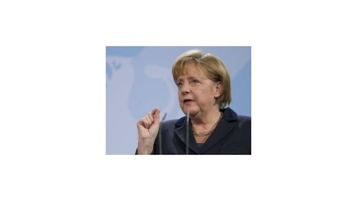 Zdieľanie dlhov za môjho života nebude, tvrdí Merkelová