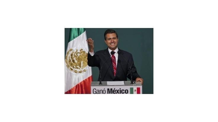 Nepopulárneho prezidenta Calderóna vystrieda socialista Nieto