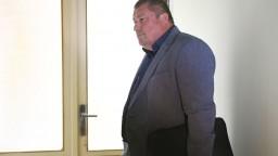 Kováčik údajne dovolil zastaviť vyšetrovanie Bašternáka, trestu sa vyhol