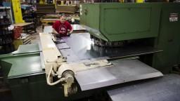 Bližšie k novej dohode. USA zrušia clá na oceľ a hliník z Kanady