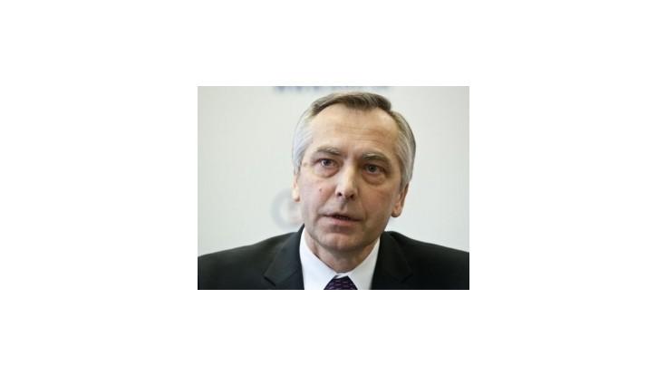 Z predsedov parlamentných strán vlani najviac zarobil šéf KDH