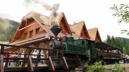Potok poškodil železničku v skanzene, múzeum vyčísľuje škody