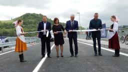 Most v Nižnej postavili nanovo. Obyvatelia však chcú výstavbu R3