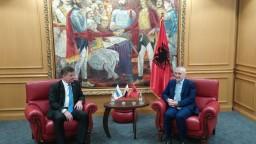 Macedónsko a Albánsko dostali zelenú na štart prístupových rokovaní