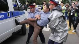 V Kazachstane potrestali 1000 ľudí, protestovali proti voľbám