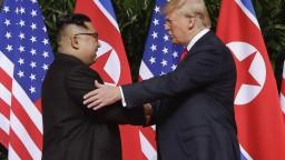 Trump predĺžil KĽDR sankcie a obnovil národný mimoriadny stav
