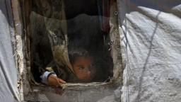 Džihádisti držia v zajatí takmer 30-tisíc detí, OSN vyzýva na ich prepustenie