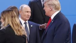 Trump sa má na summite lídrov G20 stretnúť aj s Putinom