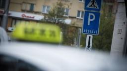 V Bratislave schválili parkovaciu politiku. Takto to bude vyzerať