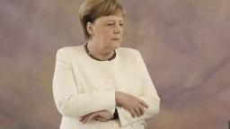 Merkelová sa vyjadrila k triaškam, záujmu novinárov rozumie