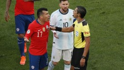 Messi po červenej karte bojkotoval ceremoniál, hovorí o korupcii