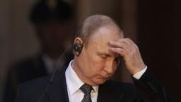 Moderátor urazil Putina i jeho rodičov, televízia prestala vysielať