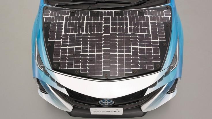 Toyota bude testovať Prius vybavený účinnými solárnymi článkami