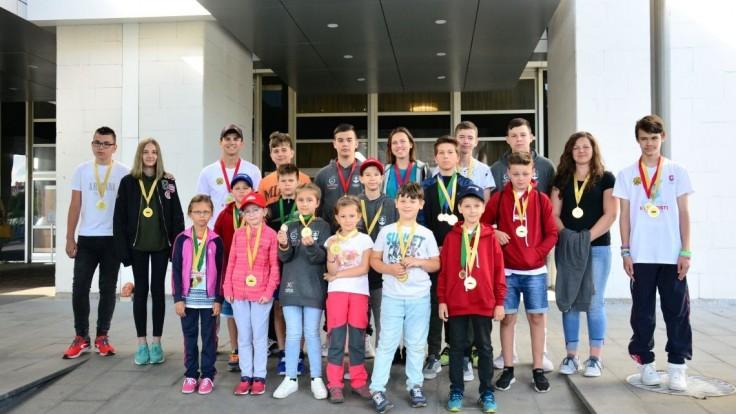 Bojovať sa oplatí. Slovenské deti priniesli zo zahraničia 15 medailí