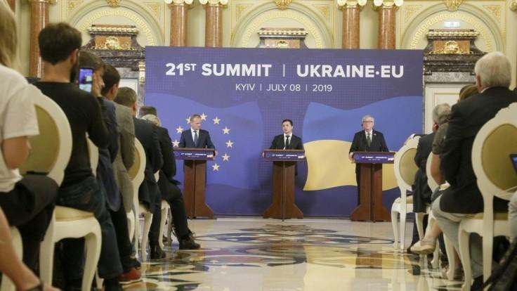 EÚ prisľúbila Kyjevu pomoc, na ukrajinské reformy pôjdu milióny