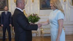 Čaputová prijala ministra obrany a pochválila ocenených vojakov