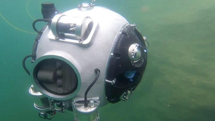 Autonómny robot UX-1 môže mapovať zaplavené tunely v európskych baniach