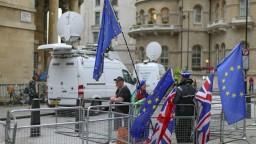 Labouristi chcú zostať v EÚ, Corbyn vyzval na nové referendum