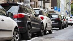 Bratislavské Staré Mesto rozšíri rezidenčné parkovanie o tieto ulice
