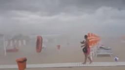 Búrka spustošila pláže na Jadrane, krúpy mali rozmery pomaranča