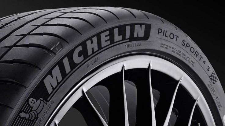 Viete, čo znamená Treadwear na bočnici pneumatiky?