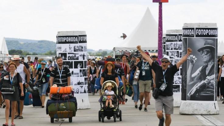 Odštartoval festival Pohoda, pred bránami čakalo množstvo ľudí