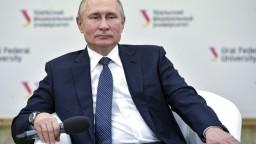 Putin je ochotný rokovať so Zelenským ohľadom vojny v Donbase
