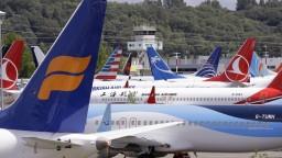 Boeing chce späť dôveru verejnosti, jeden z topmanažérov končí