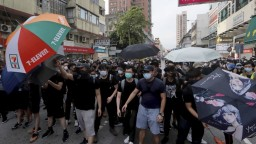 V Hongkongu protestovali proti bezcolnému obchodu