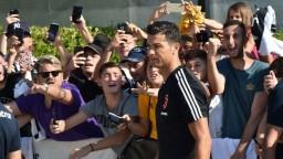 Ronaldo začína prípravu. Pred tréningom absolvoval lekársku prehliadku