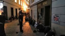 Rozhodnú o osude chuligánov, ktorí demolovali centrum Bratislavy