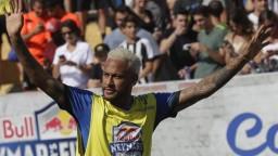 Neymar je zdravotne v poriadku. Špekulácie o odchode utíchajú
