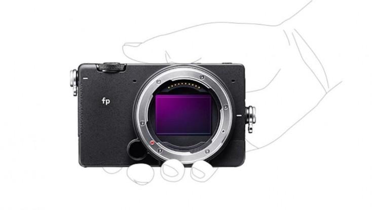 Najmenší bezzrkadlový fotoaparát na svete sa zmestí do dlane