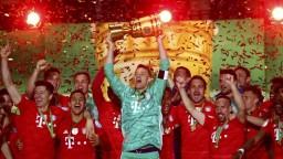 Popularita Bayernu rastie, v zámorí hráčov čakali stovky fanúšikov