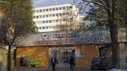Spojte reformu nemocníc s hlasovaním o dôvere, vyzýva SaS