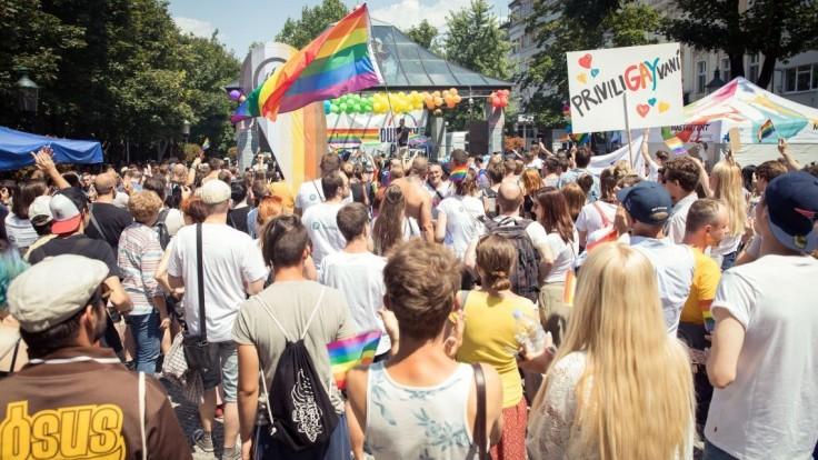 Pochod sexuálnych menšín podporili desiatky veľvyslanectiev