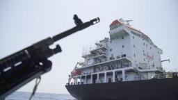 Iránske revolučné gardy zadržali zahraničný tanker