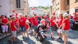 Na pochod Hrdí na rodinu prišli aj politici, nechýbal Danko či Uhrík