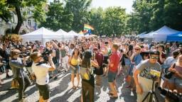 Bratislavu zaplnili farby, Dúhový Pride navštívili tisícky ľudí