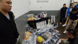 Hongkongská polícia našla počas razie továreň na silné výbušniny