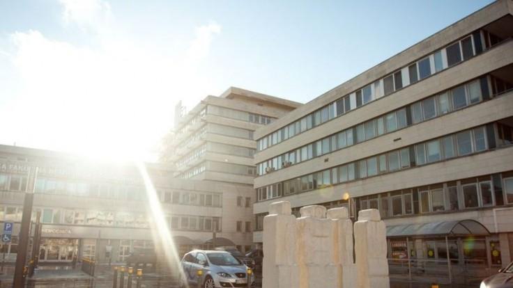 Bugárovci si naštudovali veľkú reformu nemocníc. Podporia ju
