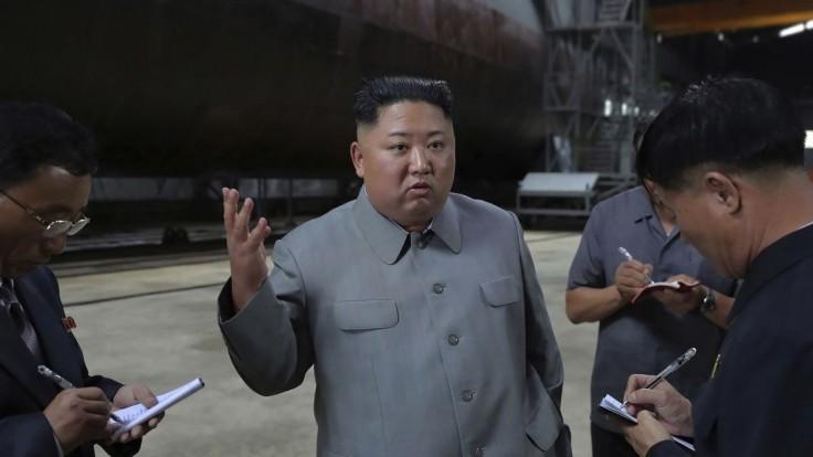 Kim si obzrel novú ponorku. Vydal rozkaz na posilňovanie kapacít