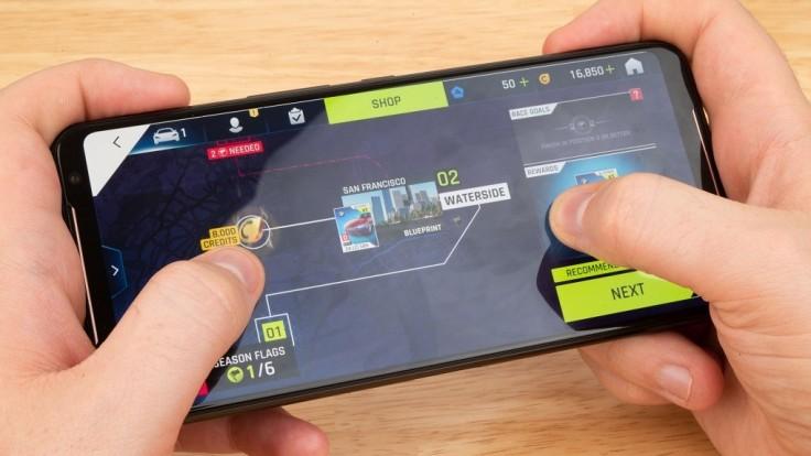 Asus prináša výkonnejší a väčší herný smartfón ROG Phone II