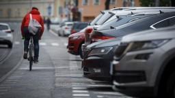 Pri Bratislave postavia záchytné parkovisko, pre autá i bicykle