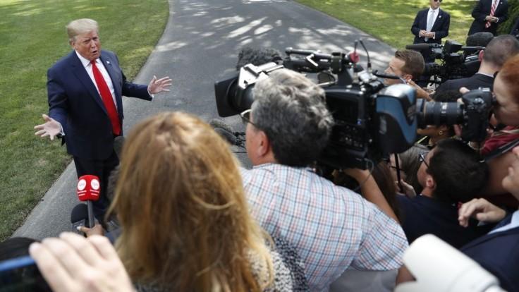 Zničujúci deň pre demokratov, tvrdí Trump o Muellerovej výpovedi