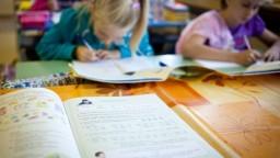 Učitelia nevyužívajú moderné postupy, ukázal prieskum agentúry