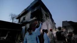 Lietadlo sa zrútilo do obývanej štvrte, obeťami sú vojaci i deti